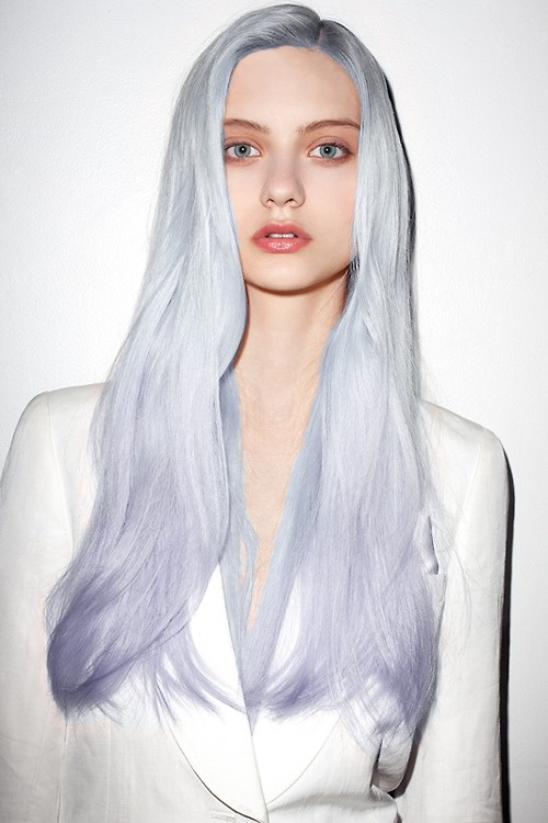 Pink hair blue hair pastel hair don t care the flea marcat - Ombre hair carre ...
