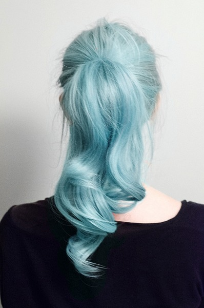 stunning-shades-blue-hair--large