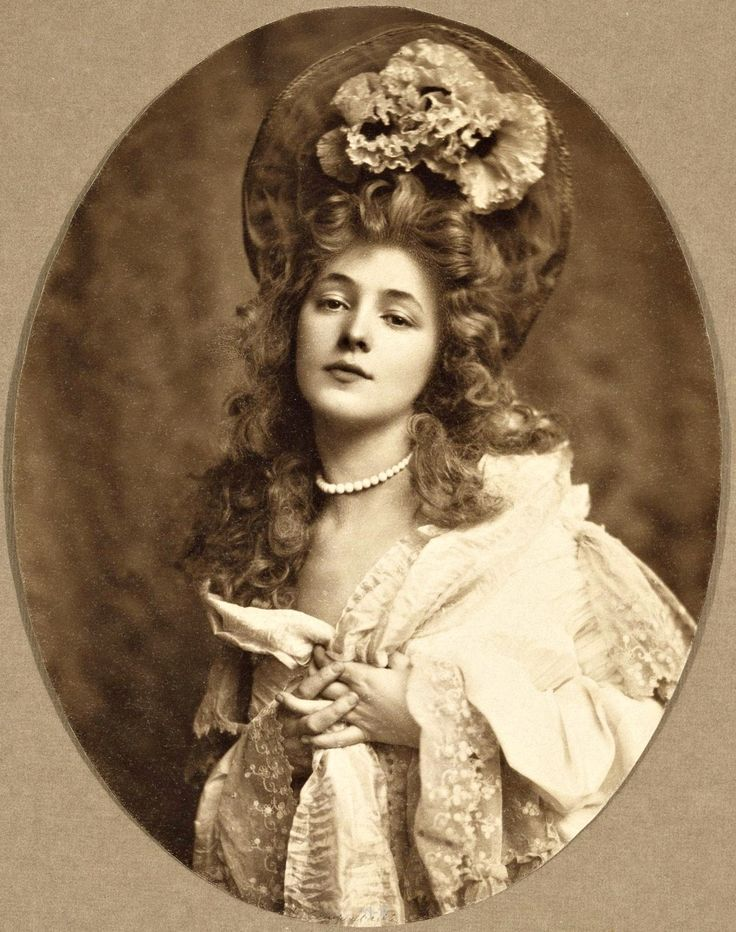 Evelyn Nesbit The World S First Supermodel The Girl In The